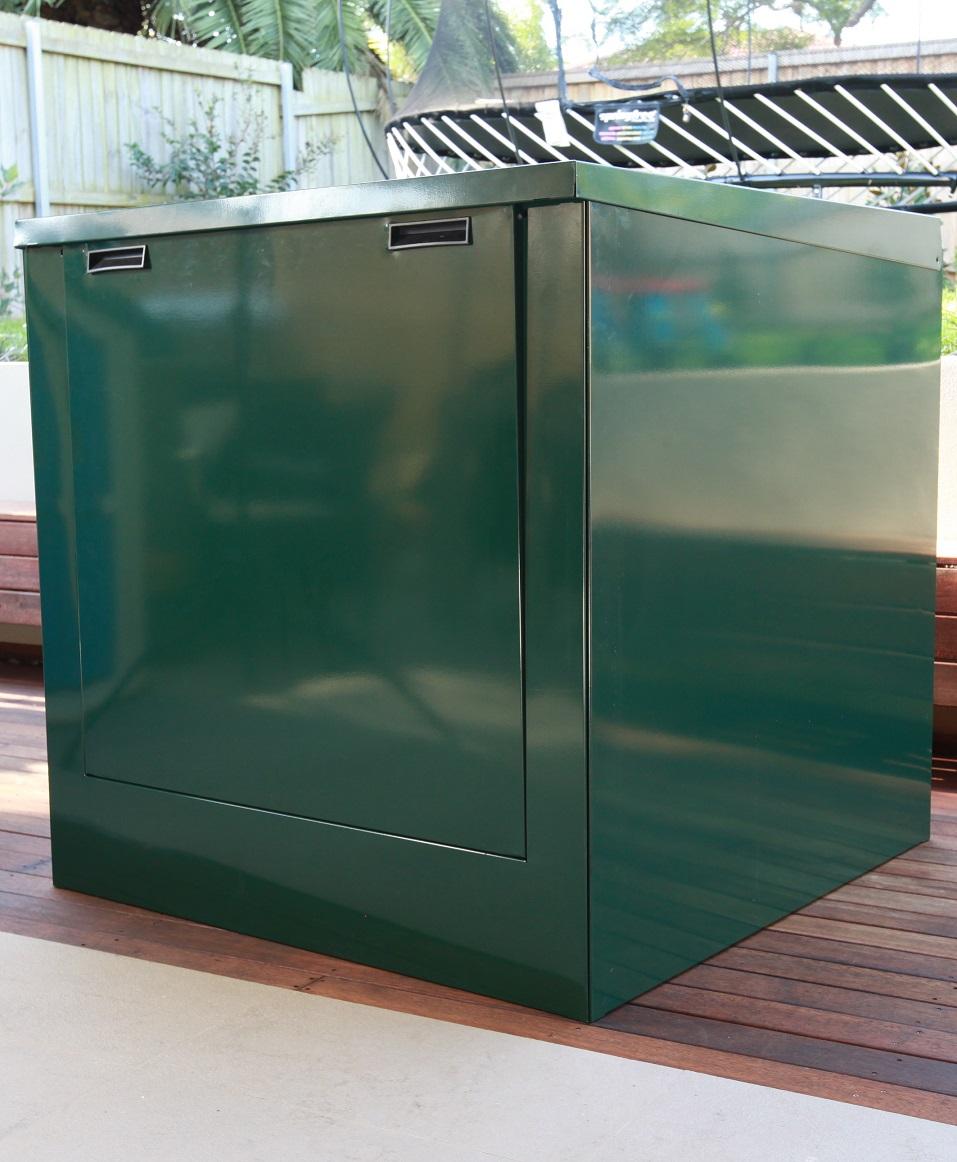 medium pool pump box in deep sea green