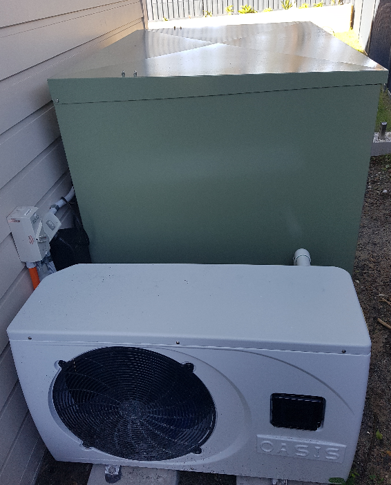 Medium Pool Pump & Filter Cover with Heater